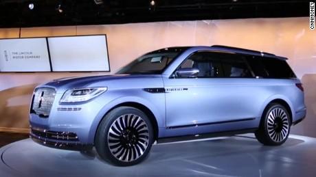 Ford Navigator Concept >> Lincoln S New Navigator Concept Suv Cnn Video
