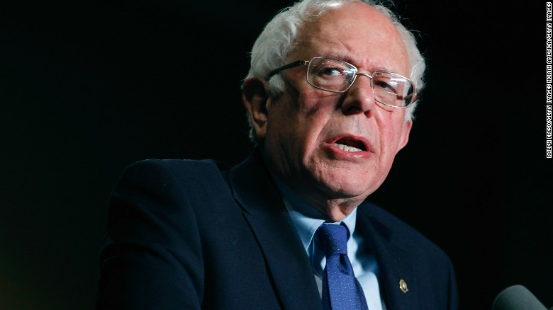 Sanders struggles with big banks question