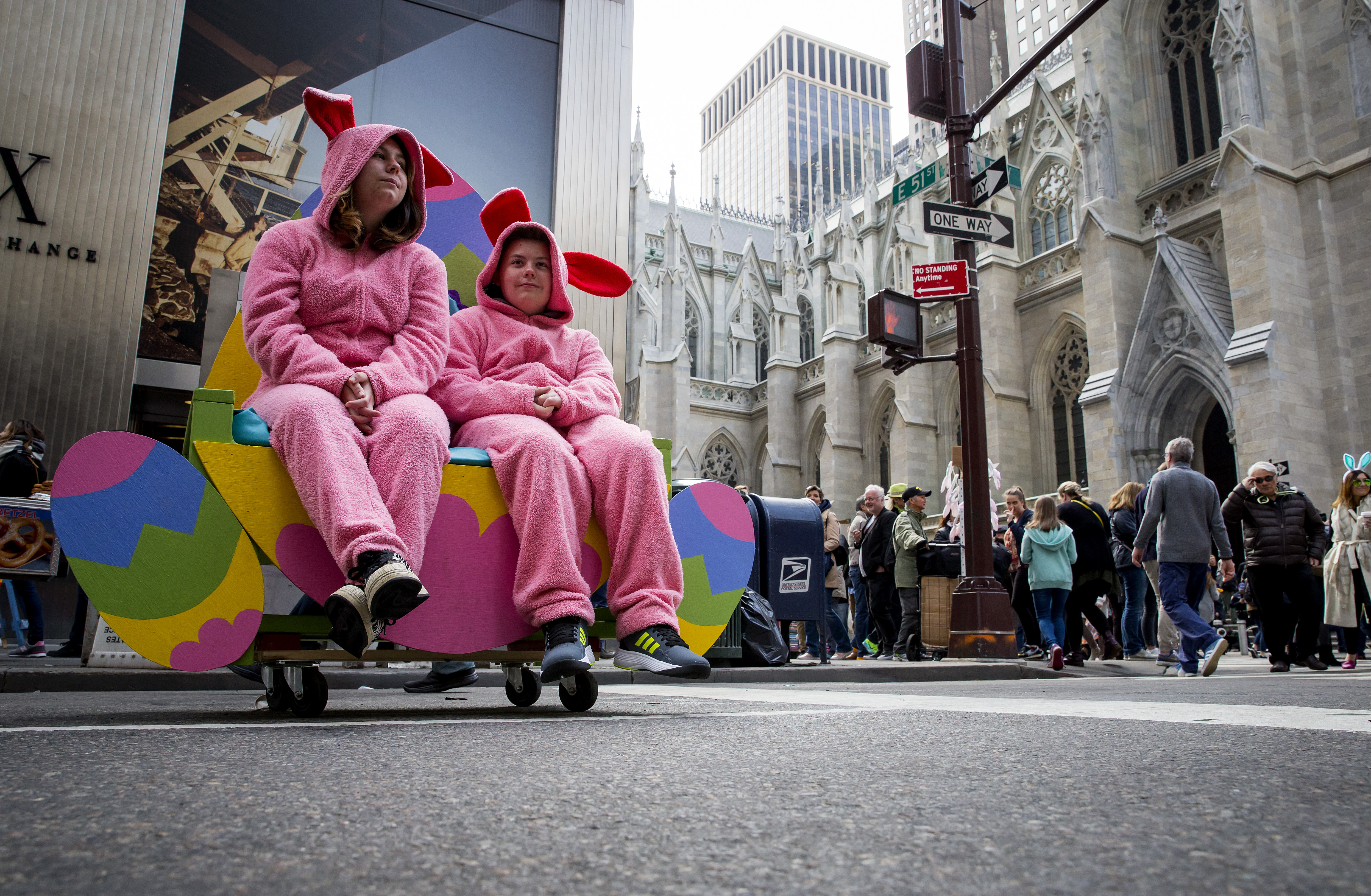 Outlandish fashion celebrated during New York's Easter Parade