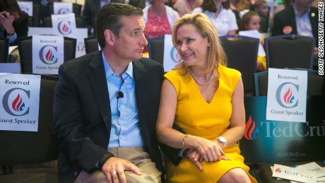 DES MOINES, IA - AUGUST 21: Republican presidential candidate Sen. Ted Cruz (R-TX) chats with his wife Heidi Nelson Cruz at the Religious Liberty Rally he was hosting on August 21, 2015 in Des Moines, Iowa. Earlier in the day Republican presidential candidate Sen. Ted Cruz (R-TX) visited and spoke to guests at the Iowa State Fair.  (Photo by Scott Olson/Getty Images)