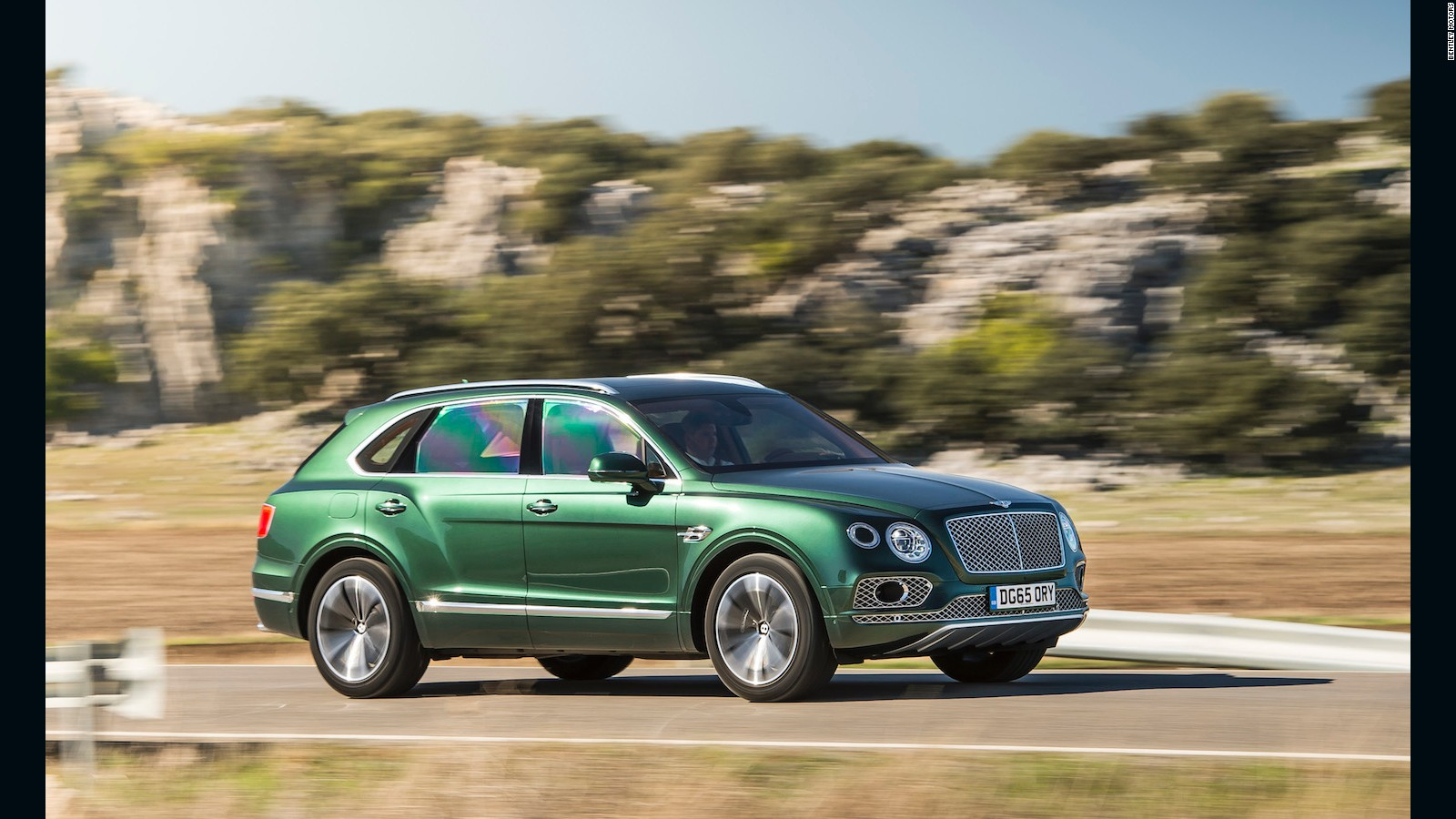 Bentley Vs Range Rover The Ultimate Suv Showdown Cnn Style