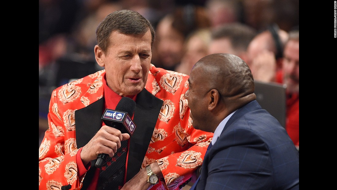 Sager interviews Hall of Famer Magic Johnson at the 2016 NBA All-Star Game. Sager returned to work in 2015 after taking 11 months off to treat acute myeloid leukemia, a cancer of the blood and bone marrow.