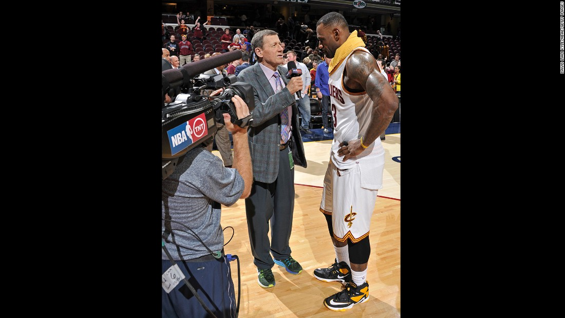 "Sager speaks with LeBron James after a Cleveland Cavaliers game in January 2016. ""Guys in the NBA really like him because he's fair,"" former NBA great Charles Barkley <a href=""http://bleacherreport.com/articles/2383247-craig-sagers-harrowing-and-emotional-journey-back-to-the-nba"" target=""_blank"">told Bleacher Report</a> about Sager. ""He'll ask tough questions, but they are fair questions."""