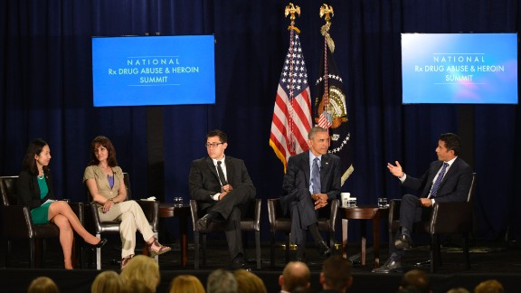 From left, Dr. Leana Wen, Crystal Oertle, Justin Luke Riley, President Obama and Dr. Sanjay Gupta during the National Rx Drug Abuse and Heroin Summit.
