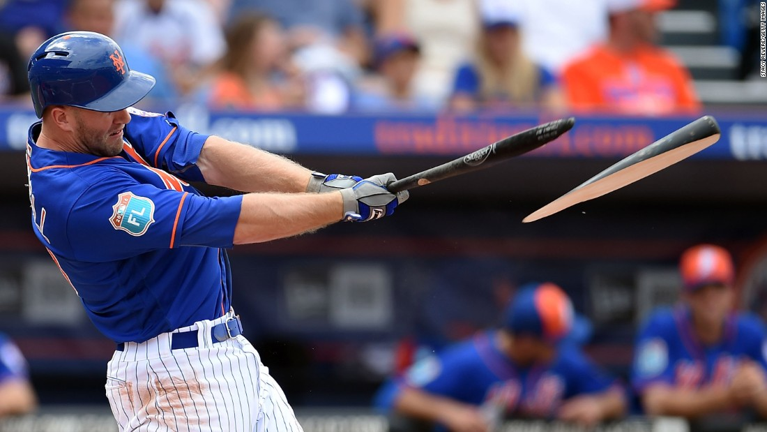 The bat shatters in Eric Campbell's hands during a New York Mets game in Port St. Lucie, Florida, on March 12.