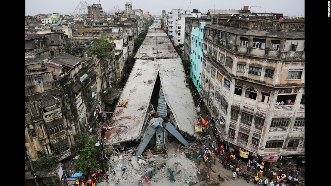 A section of a bridge that was under construction crashed down onto the streets of Kolkata's Girish Park area.