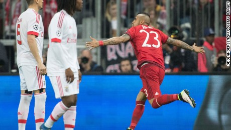 Bayern Munich's Chilean midfielder Arturo Vidal celebrates scoring the only goal of its clash with Benfica.