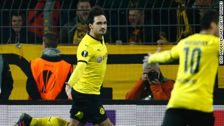 Mats Hummels equalized for Borussia Dortmund early in the second half.