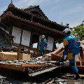 11 Japan Earthquake 0415