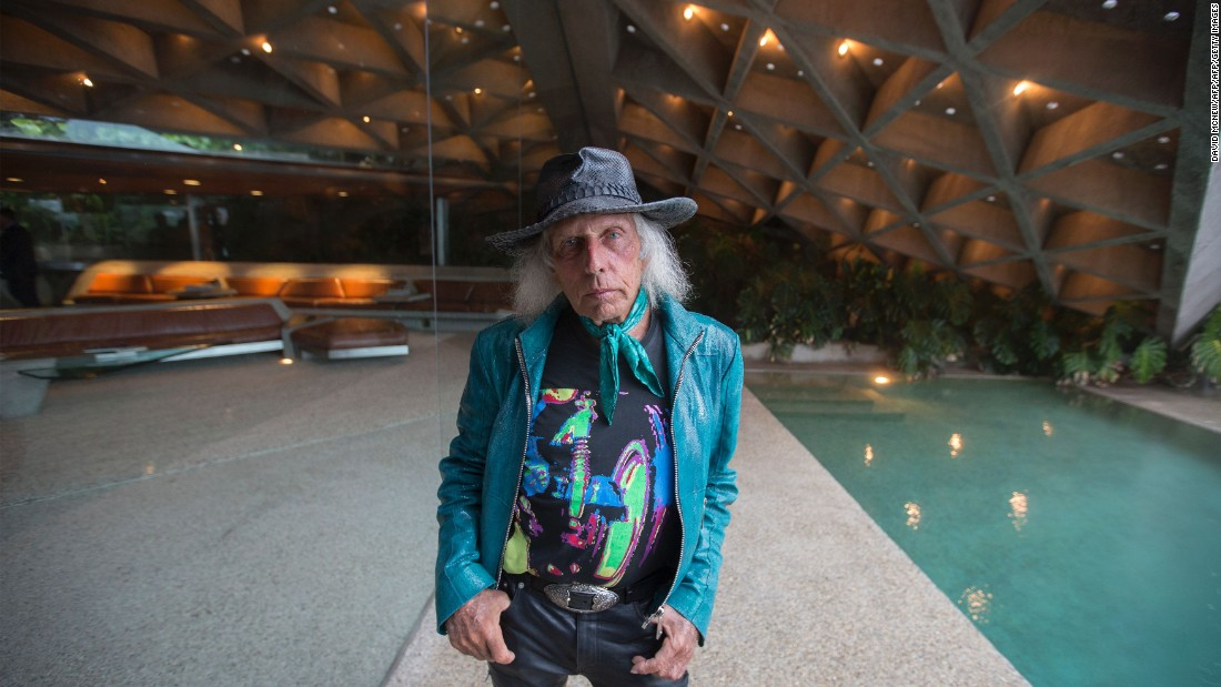NBA superfan James Goldstein announced he will donate his John Lautner-designed home -- and all its contents -- to the Los Angeles County Museum of Art (LACMA).