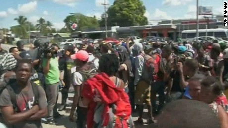 AFRICAN MIGRANTS AT THE PANAMA - COSTA RICA BORDER WERE RETURNED BY PANAMA AUTHORITIES AFTER CUBAN MIGRANTS CROSSED THRU THE SAME LOCATION DAYS BEFORE.