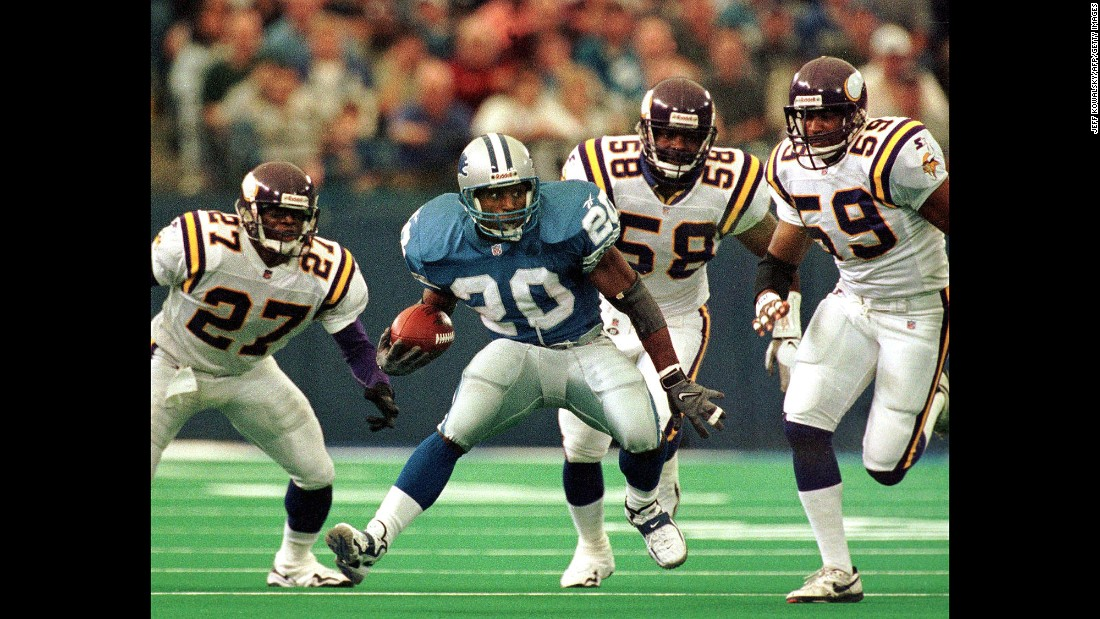 Detroit Lions running back Barry Sanders stunned the sports world when he announced his retirement from the NFL at age 31. He was 1,457 yards short of Walter Payton's career rushing record of 16,726, which was then the all-time record. Sanders, who was inducted into the Pro Football Hall of Fame in 2004, is now third on the all-time rushing list.