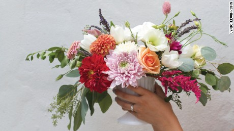 How To Make A Mother S Day Bouquet Cnn