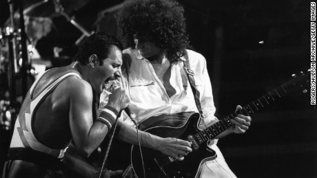 3rd September 1984:  British rock group Queen in concert with singer Freddie Mercury (Frederick Bulsara, 1946 - 1991) and guitarist Brian May.  (Photo by Rogers/Express/Getty Images)