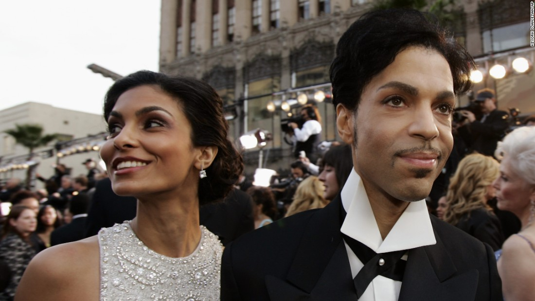 Prince arrives with his then-wife, Manuela Testolini, for the 77th Academy Awards on February 27, 2005, in Los Angeles.