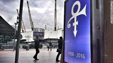 O2 tribute to Prince