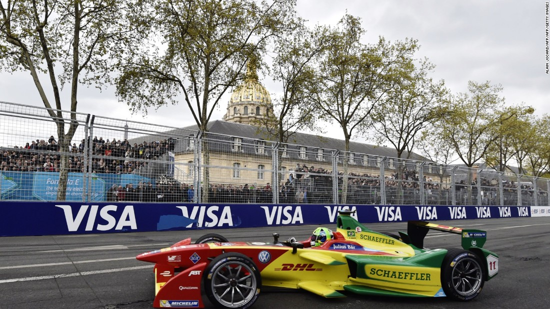 The ABT Schaeffler driver took the lead at the first corner from pole sitter Sam Bird of DS Virgin Racing on the opening lap and never looked back.