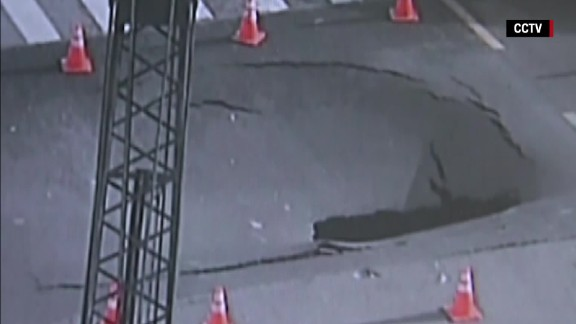 china sinkhole opens on highway orig vstan bpb_00003623.jpg