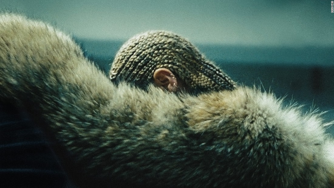 "#4. The internet nearly broke when <a href=""http://www.cnn.com/2016/04/25/entertainment/lemonade-beyonce-meaning/"">Beyonce dropped her visual album, ""Lemonade""</a> in April on HBO. The Grammy-winner released 12 videos and 13 songs that were filled with powerful visuals and lyrics that many thought were ripped from the pages of her own life. Mainly, fans thought Queen Bey was giving fans a glimpse into struggles in her marriage."