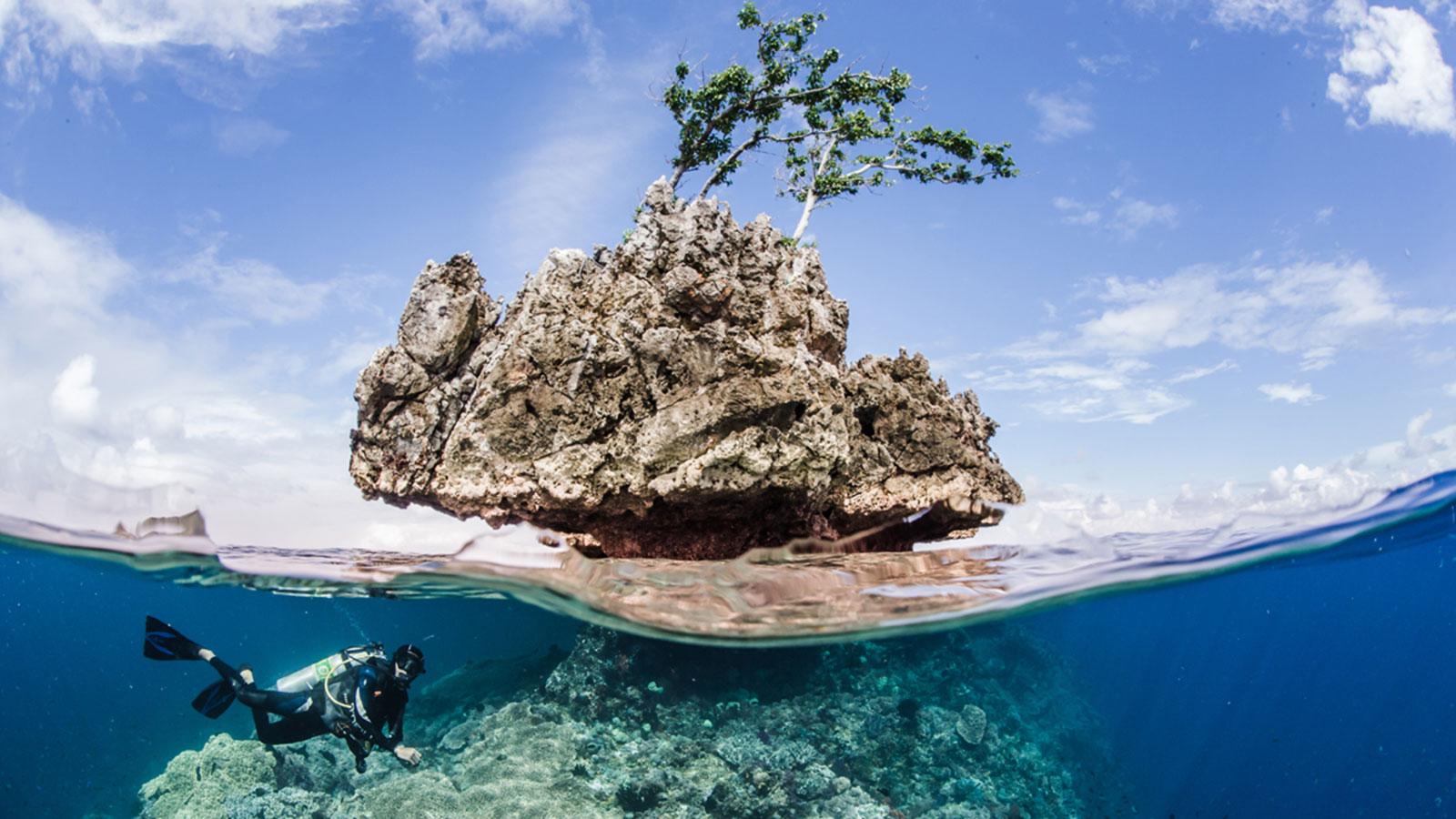 Luxury Dive Resorts 10 Of The World S Best Cnn Travel