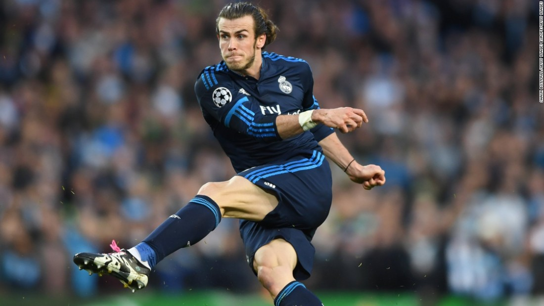 With Ronaldo and Benzema both off the field, Real was relying on Gareth Bale for inspiration. The Wales international threatened sporadically but failed to find a way through City's defense.