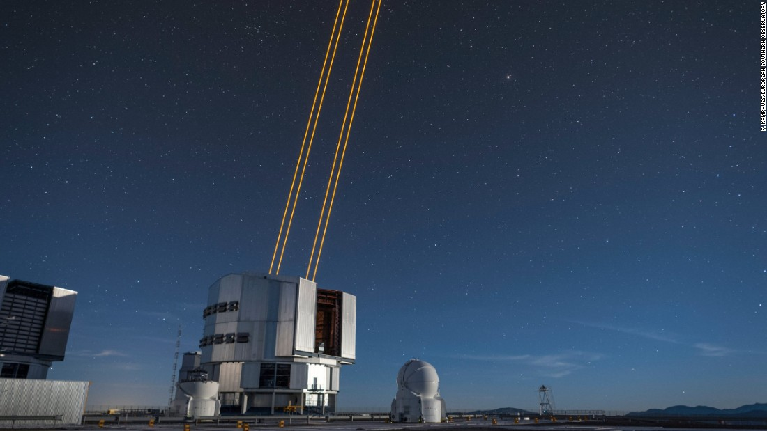 Astronomers Fire Up Powerful Lasers For Space Imaging Cnn