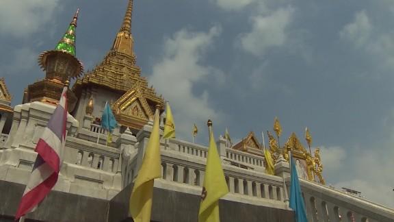 Leicester city thai monks pkg macfarlane_00002213.jpg