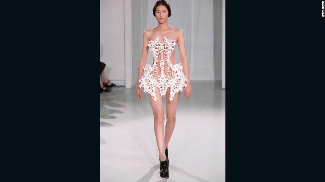 Iris Van Herpen When Fashion Meets Science