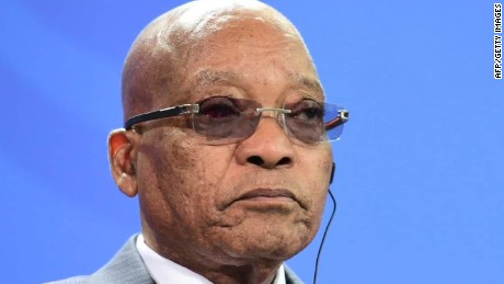 Court rules South African Pres. should face charges