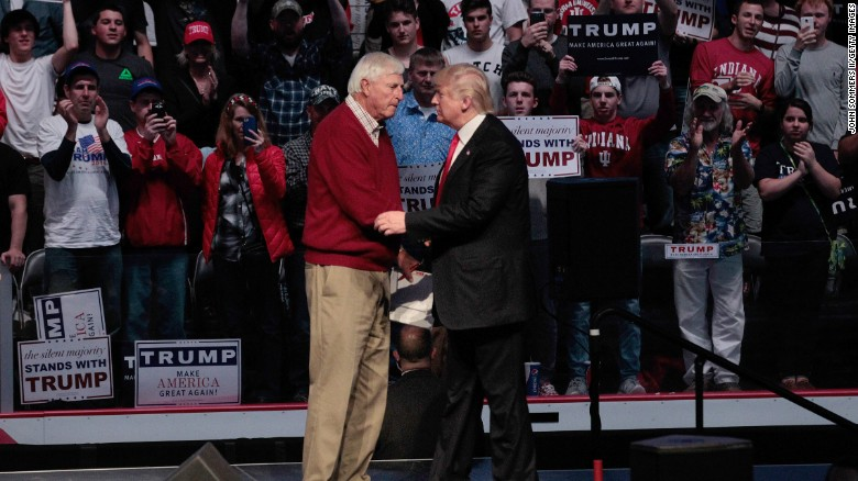 Bobby Knight weighs in on Trump's past controversies