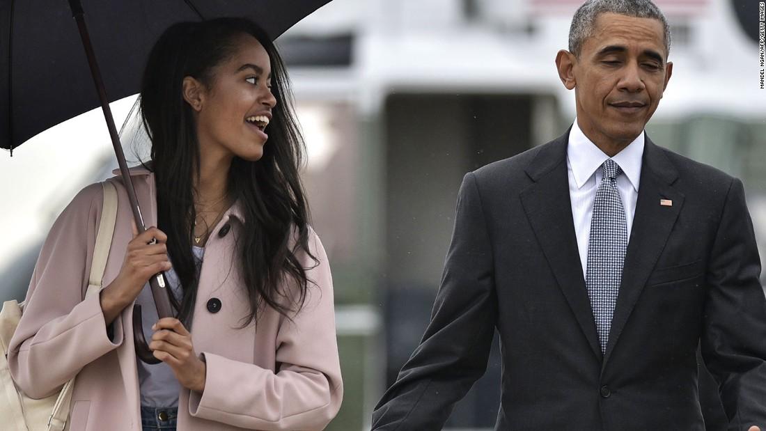 Malia and Sasha Barack obama daughters pictures