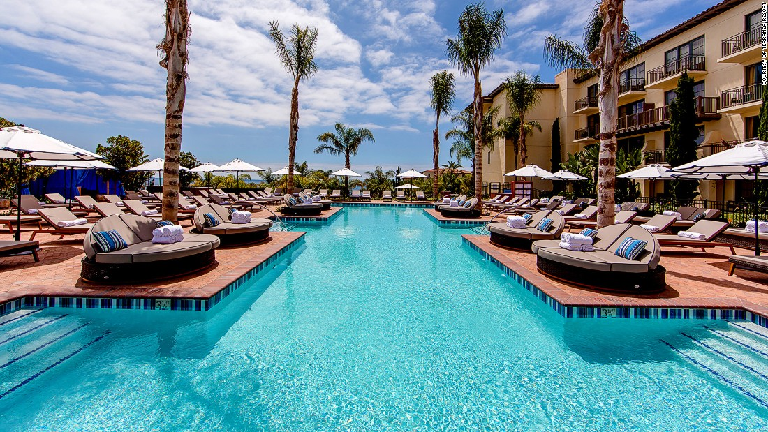 L A S Most Spectacular Hotel Pools Cnn Travel