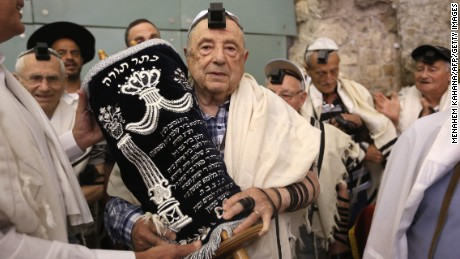 Holocaust survivors mark bar mitzvahs at last