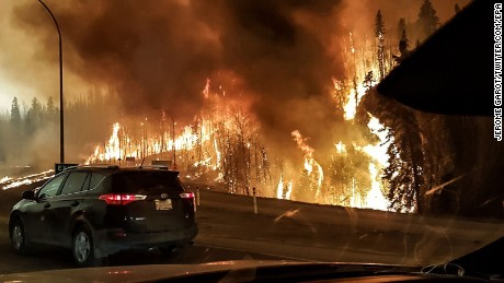 Wildfire forces Canadian city to evacuate