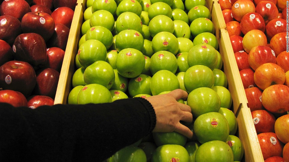 "Apples ranked fifth. Samples contained 4.4 pesticide residues on average. Apples <a href=""https://www.ewg.org/release/apples-top-ewgs-dirty-dozen"" target=""_blank"">topped</a> the annual Dirty Dozen list for five consecutive years, ending its reign in 2015. In 2016, they were <a href=""https://www.ewg.org/release/ewg-s-2016-dirty-dozen-list-pesticides-produce-strawberries-most-contaminated-apples-drop"" target=""_blank"">displaced</a> by strawberries."