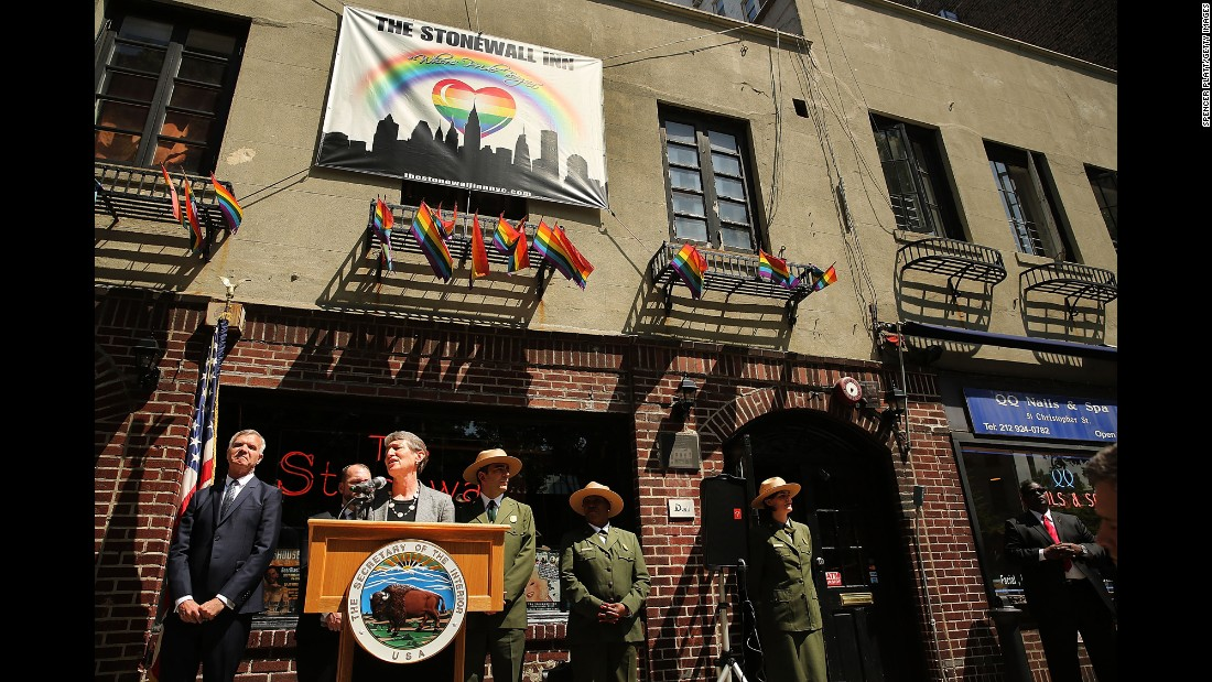 Interior Secretary Sally Jewell visited the Stonewall Inn in 2014 to announce a new National Park Service initiative to identify important places and events associated with the LGBT civil rights struggle.