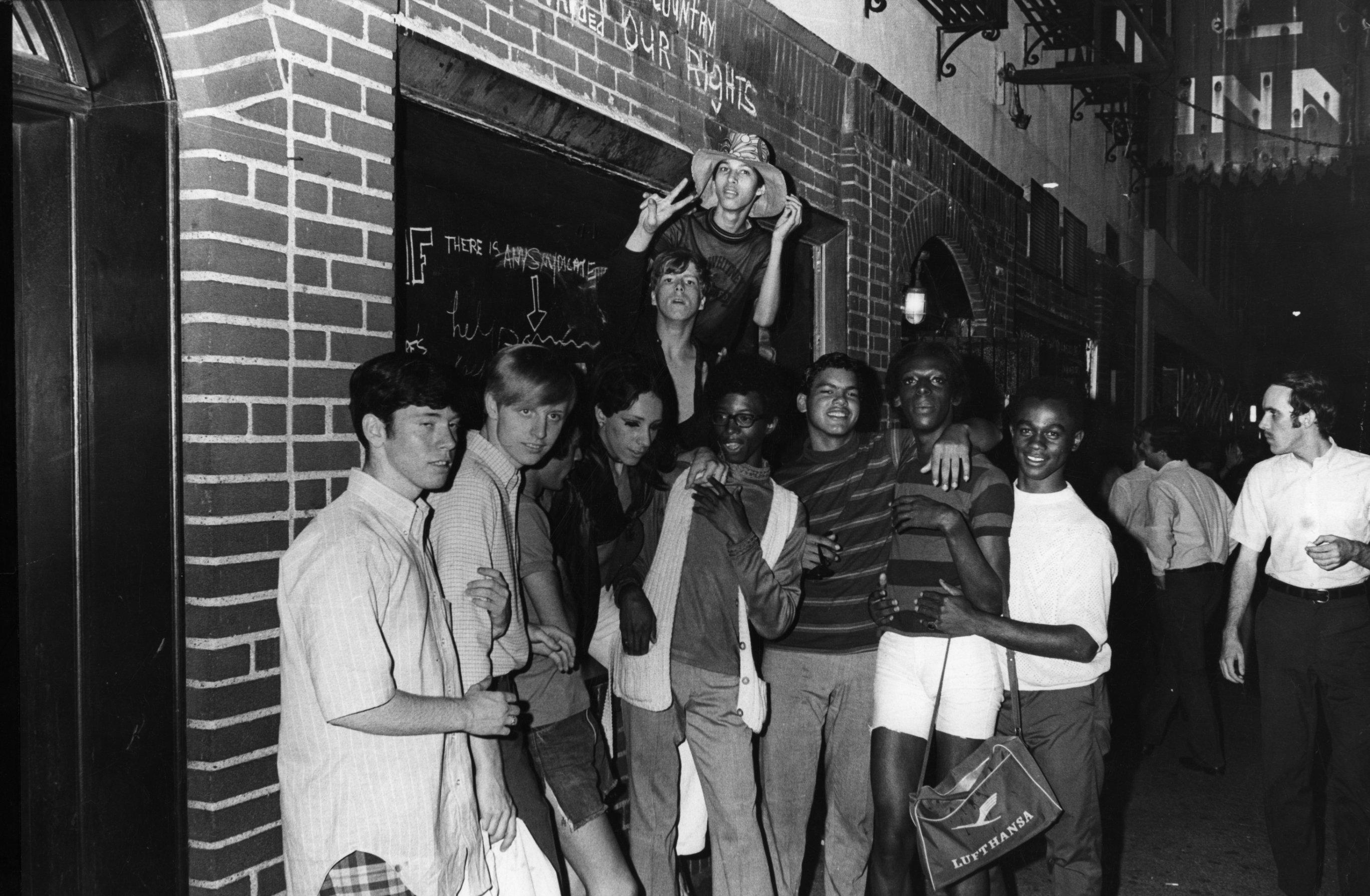 Resultado de imagen para stonewall inn before riots