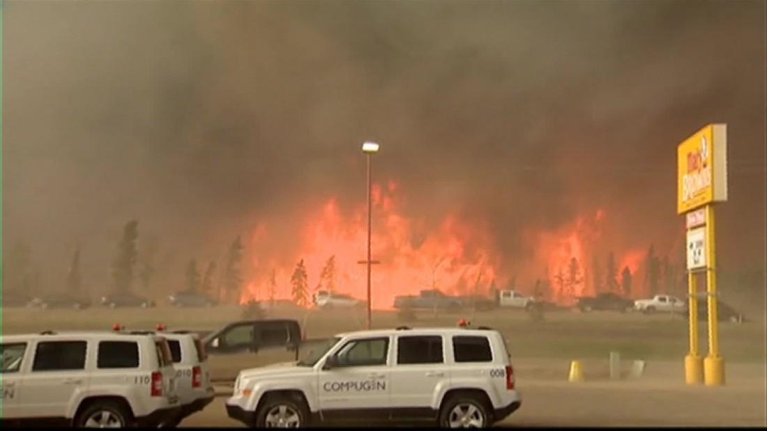 Expansi n de los enormes incendios en canad son visibles for Fuera de control dmax