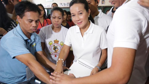 Presidential candidate Grace Poe votes at a polling center in San Juan, east of Manila, on May 9, 2016.