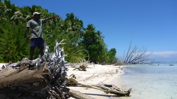 The area of Roviana in the Solomon Islands has been more resilient to sea level rises than other parts of the archipelago. Photo taken in May 2010.