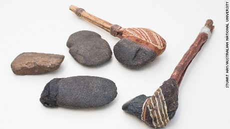 Examples of early Australian stone tools similar to the one linked to the fragments.