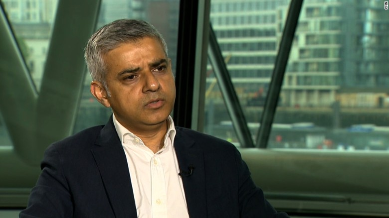 London Mayor Sadiq Khan: 'I'm hoping' Trump doesn't win