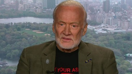 buzz aldrin space talk intv _00000525.jpg