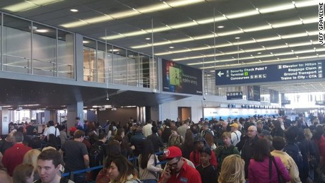 TSA airport checkpoints: 6 ways to beat the lines