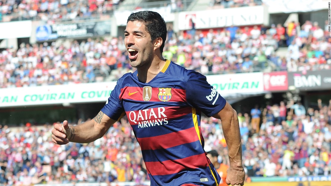 Suarez matched Ronaldo with his second just before the break at Granada to leave his side with a two-goal cushion.