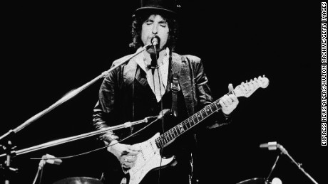 Bob Dylan Fast Facts