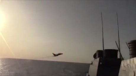 See Russian jets buzz U.S. Navy ship