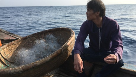 Vietnam fishermen on the front lines of South China Sea fray