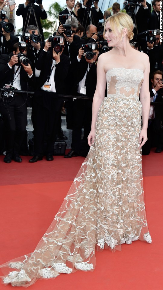 Kirsten Dunst arrives for the closing ceremony of the 69th annual Cannes Film Festival on Sunday, May 22, in Cannes, France.  See more red-carpet photos from the festival's various events.