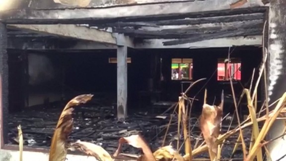 Overnight fire kills 18 girls in Thai school dorm_00004229.jpg